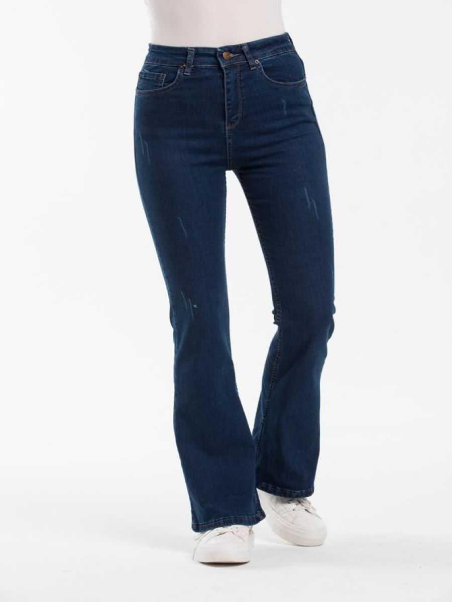 """4bdf2bc8 34ec 4079 a99e 621c97168668 - Blue hill """"flared jeans"""""""