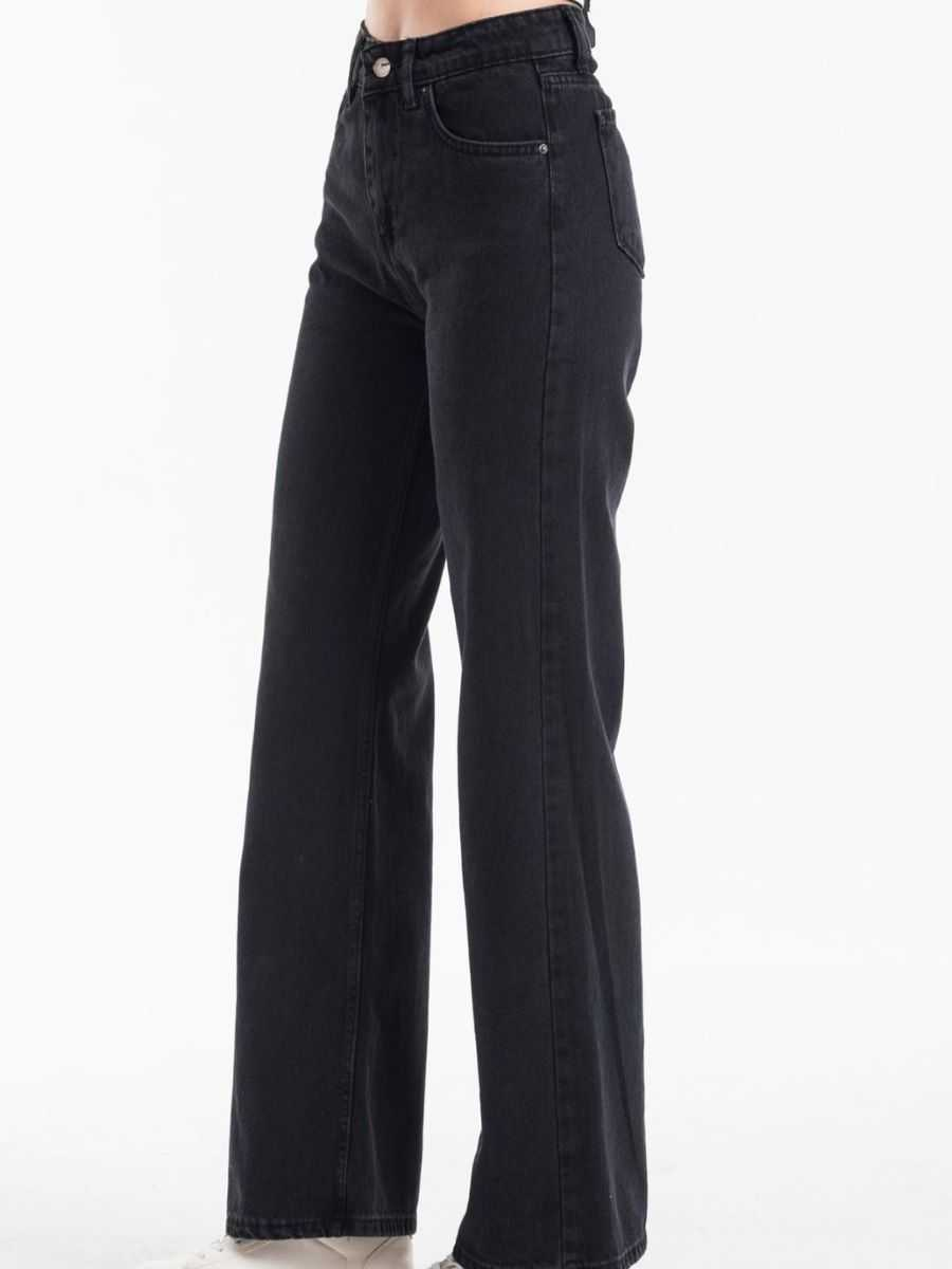 "bluehilljeans  image 03 11 2020 - Blue hill ""flared jeans"""