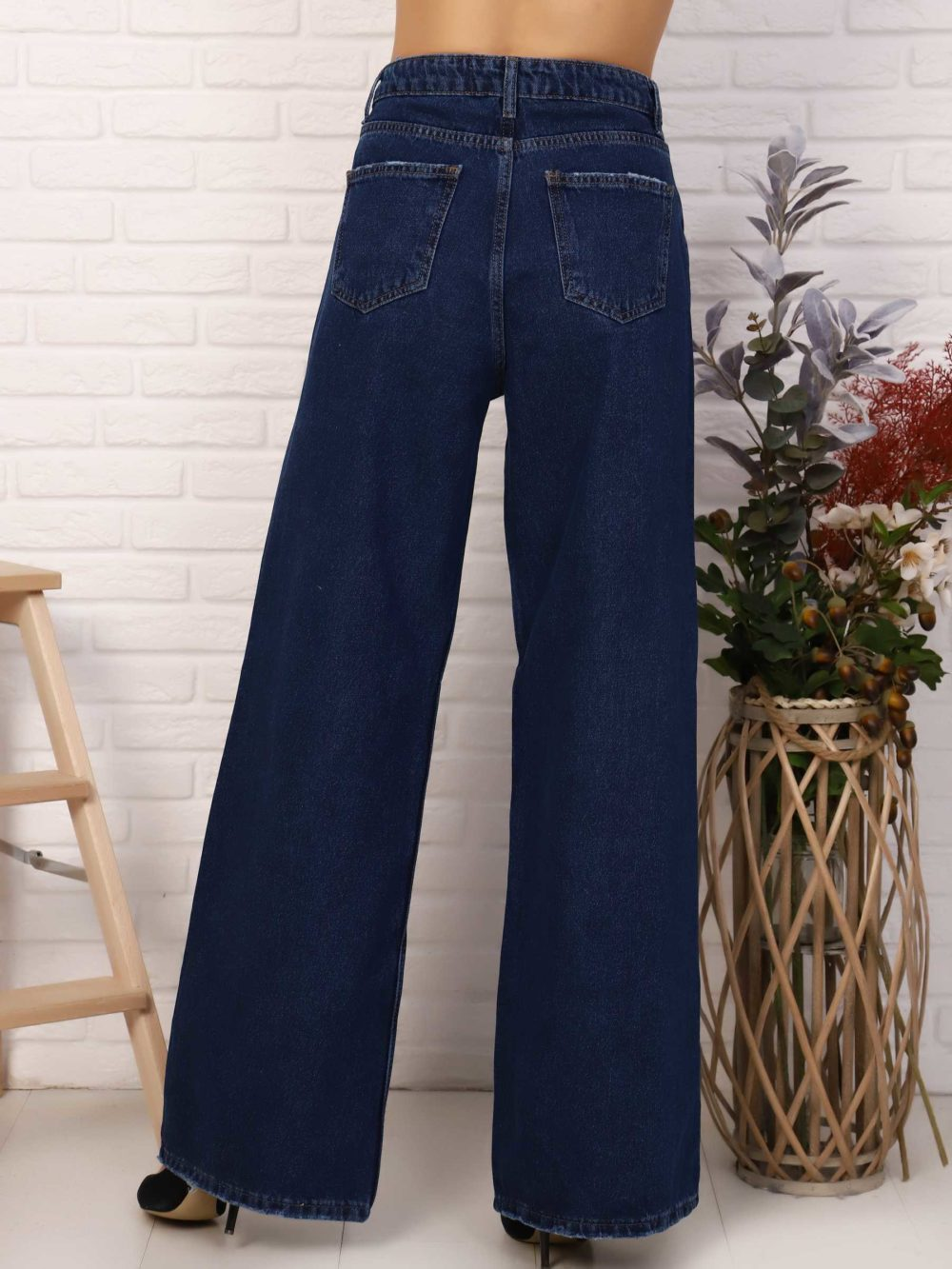 """IMG 5759 1000x1333 - Red Stop """"wide-leg  jeans"""""""