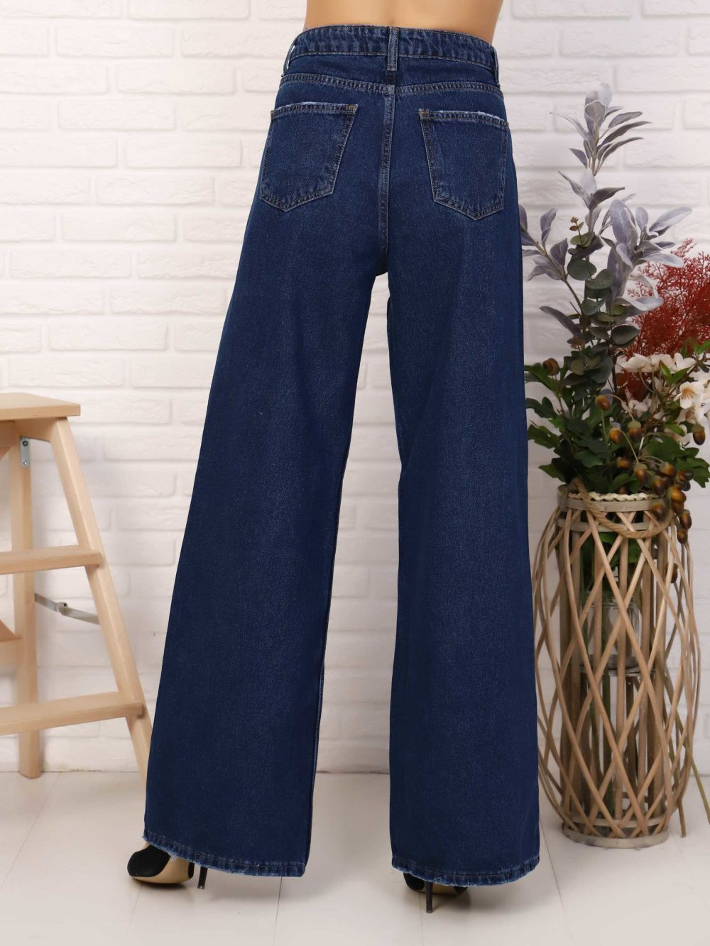 """IMG 5760 1000x1333 - Red Stop """"wide-leg  jeans"""""""