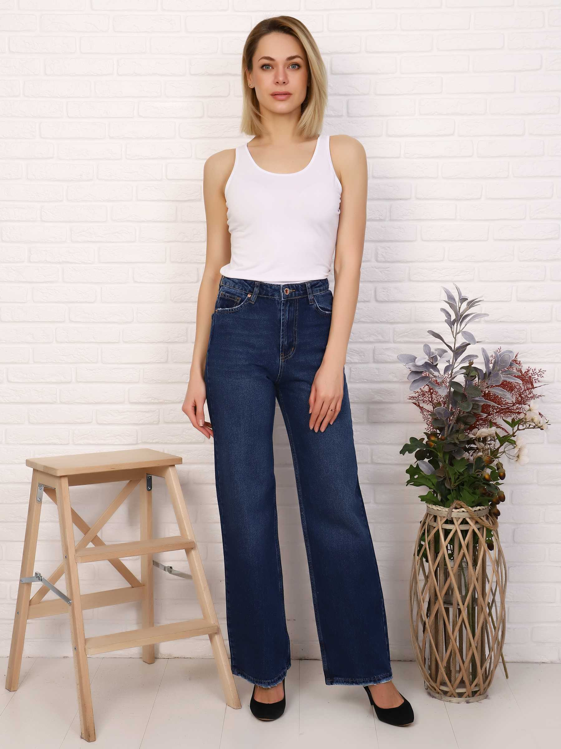 """IMG 5813 - Red Stop """"wide-leg  jeans"""""""